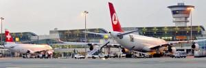 Atatürk Havalimanı'nda sistem çöktü