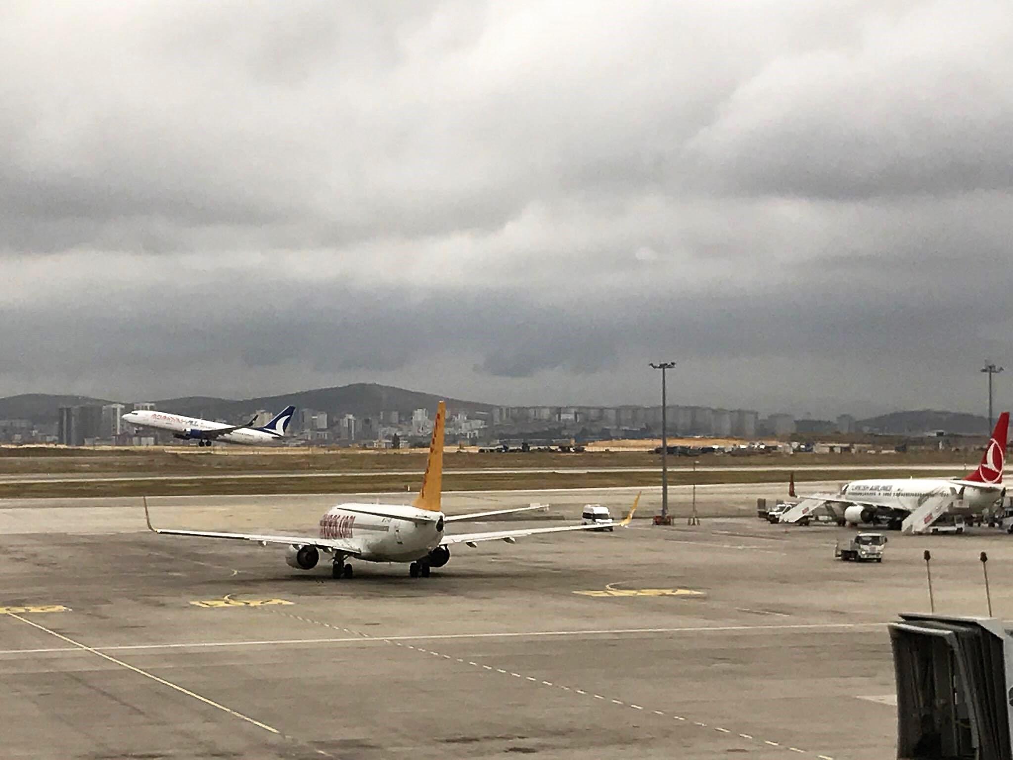 uçak,İzmir,Muş