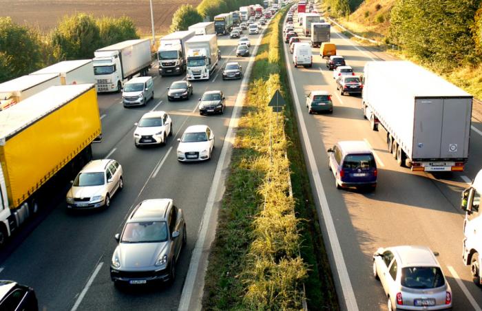 Otoyol,inşaat,trafik