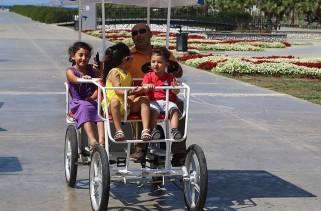 Dört kişilik bisiklet