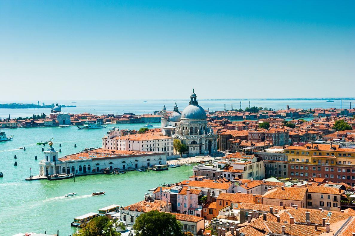 Ücret,Venedik
