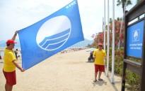 """2d68a3325f4b3 Marmaris Belediyesi Halk Plajına """"Mavi Bayrak"""" verildi"""