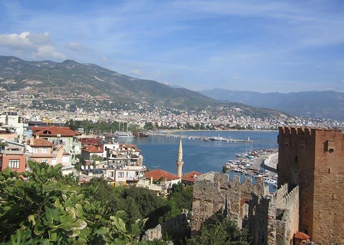 Antalya'ya yabancıların
