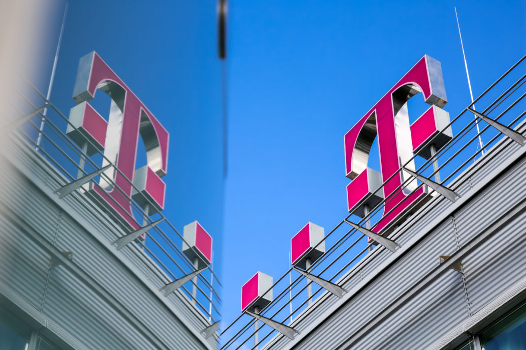 Deutsche Telekom,
